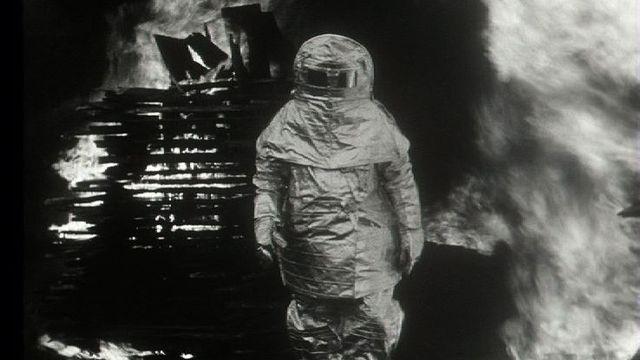 Démonstration des pompiers à Genève en 1953. [RTS]