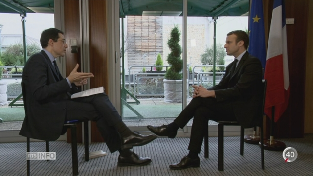 France - Elections présidentielles: l'interview d'Emmanuel Macron