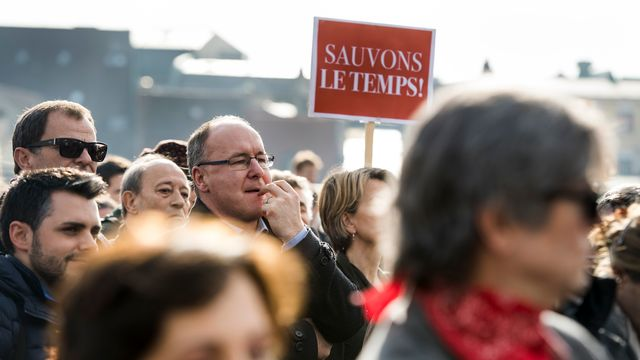 Plusieurs membres des autorités vaudoises avaient apporté leur soutien aux manifestants, le 02.02.2017 à Lausanne. [Jean-Christophe Bott - Keystone]