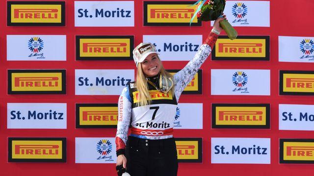 Le sourire pour Lara Gut à l'heure de monter sur le podium. [Dimitar Dilkoff - AFP]