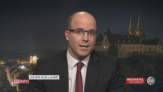 Hôpitaux neuchâtelois- Désaveu du gouvernement: l'analyse de Julien Guillaume à Neuchâtel [RTS]