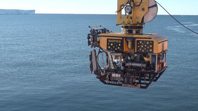30 janvier 2017 - Le submersible Ropos est au service de l'ACE Expedition du Swiss Polar Institute. Tarek Bazley Al Jazeera [Tarek Bazley - Al Jazeera]