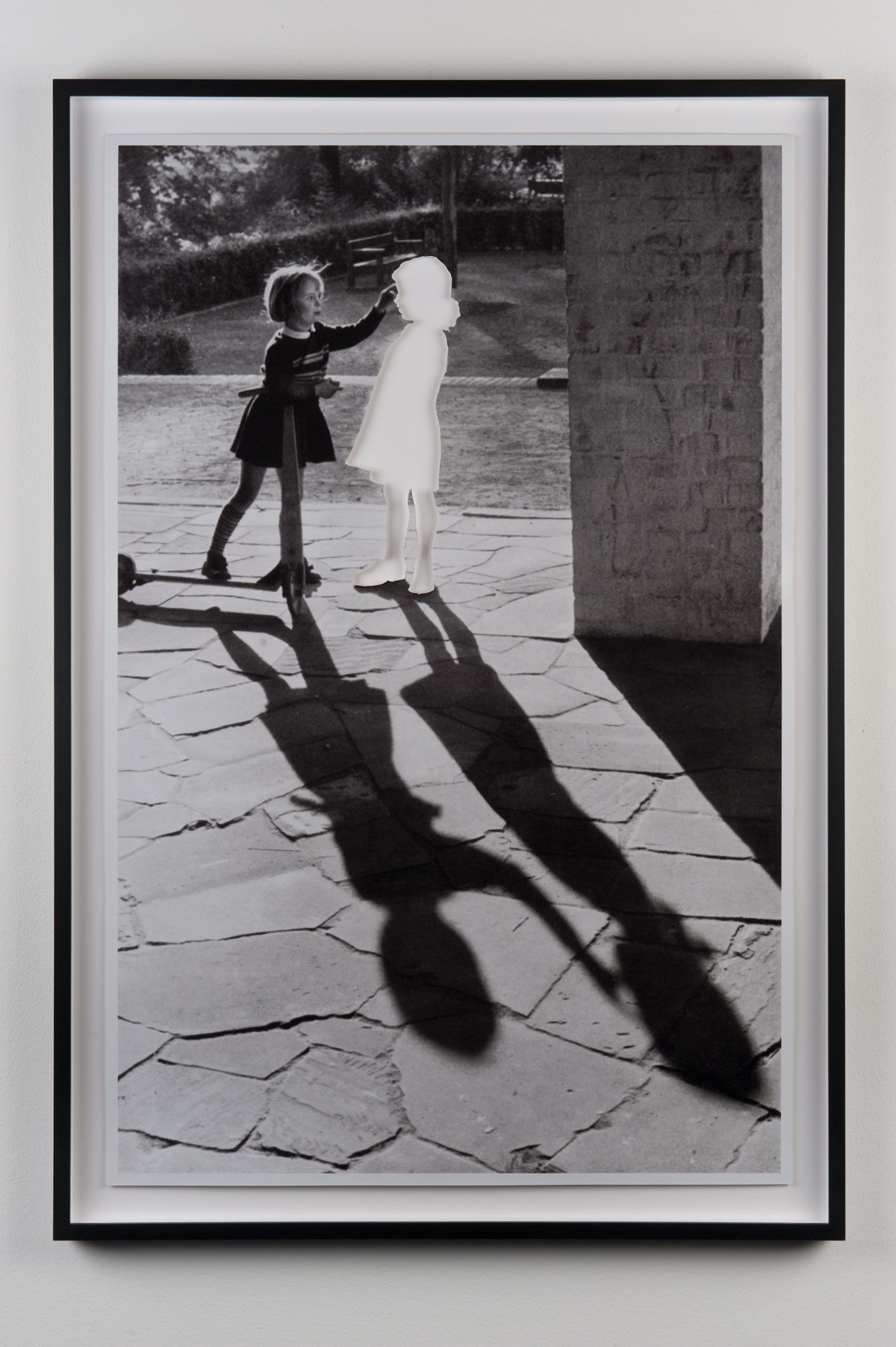 Hans Peter Feldmann, Two Girls with Shadow, 1999, 48.3x46.