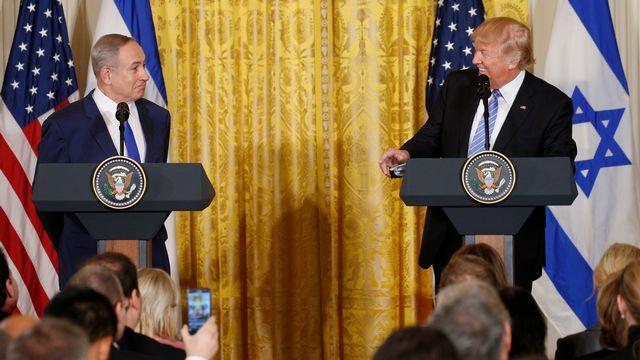 Benjamin Netanyahu et Donald Trump en conférence de presse, le 15 février 2017. [Kevin Lamarque - Keystone]
