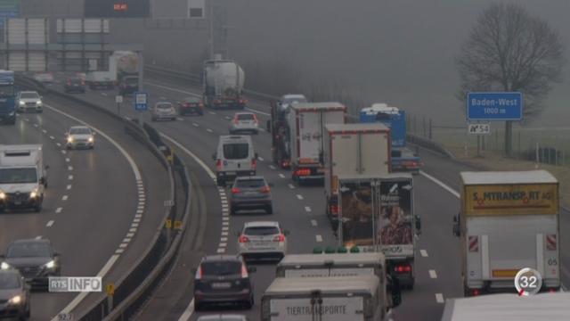 Des camions trafiqués polluent la Suisse [RTS]