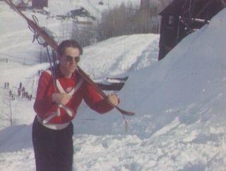 Fernand Grosjean remonte une piste à  Aspen en 1950. [RTS]