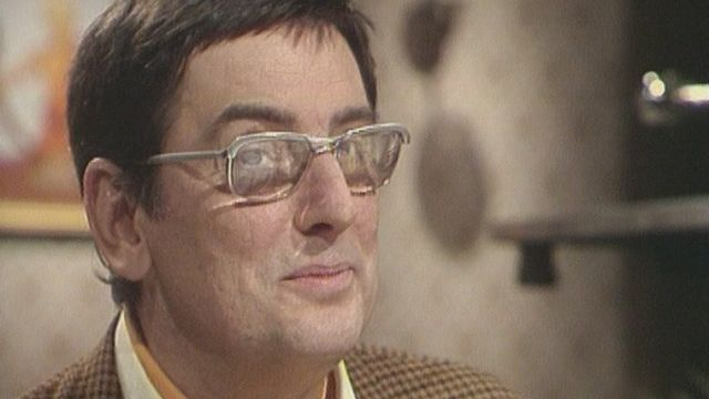 Franquin, le dessinateur de BD est l'invité du Musée des Bulles en 1977. [RTS]