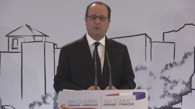 François Hollande critique la politique de Donald Trump