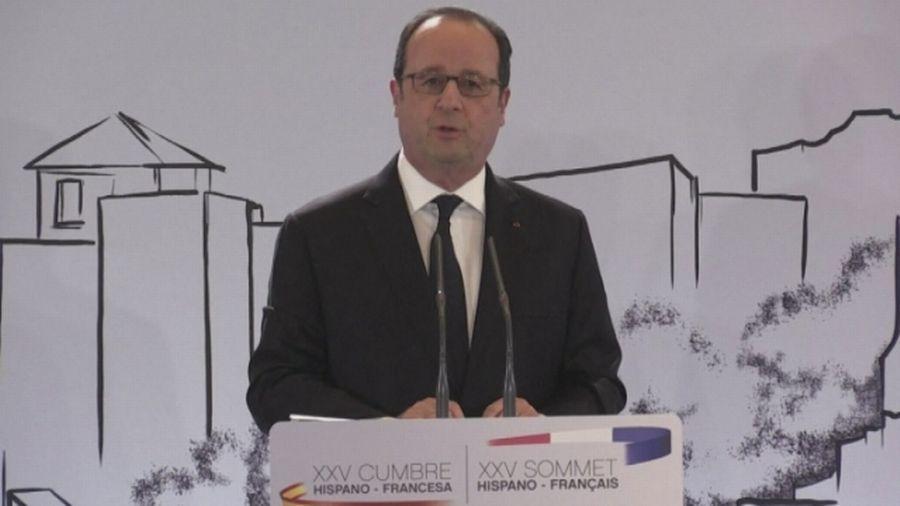 François Hollande critique la politique de Donald Trump