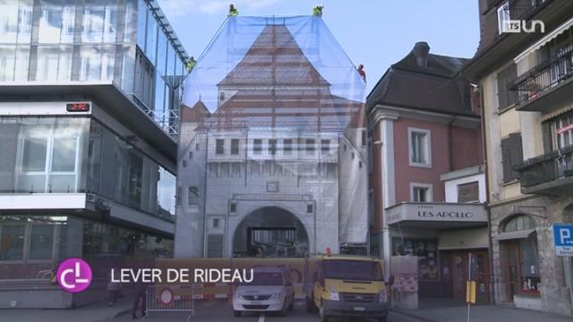 VD: Payerne a reconstitué la porte de Berne pour le 122ème carnaval des Brandons [RTS]