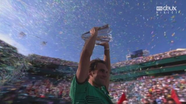 Indian Wells (USA), finale, S.Wawrinka (SUI) - R. Federer (SUI): la remise du trophée [RTS]