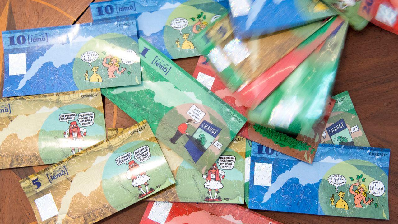 Des billets Leman, lors de la présentation publique de la monnaie locale du bassin lemanique transfrontalier en juin 2016. [Laurent Gillieron - Keystone]