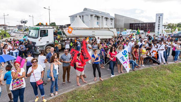 Manifestation historique en Guyane pour dénoncer le chômage et l'insécurité