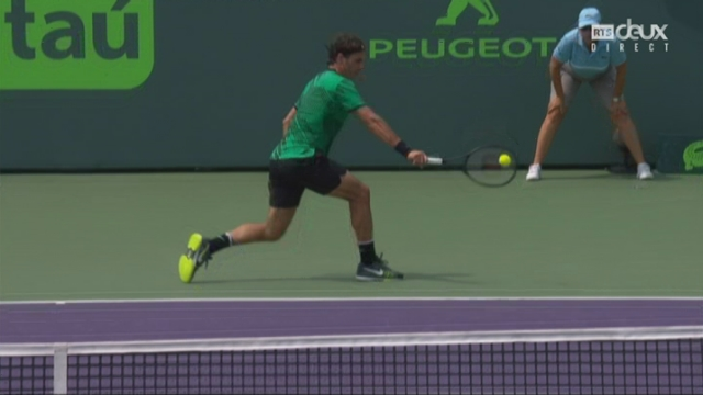 Miami (USA), finale, R. Federer (SUI) - R. Nadal (ESP) 6-3 5-4: incroyable le point [RTS]