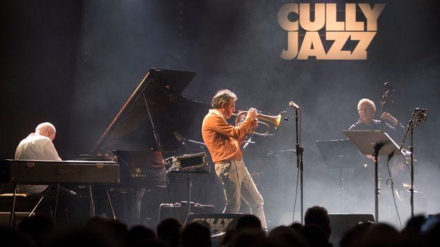 """Le Paolo Fresu Quintet en concert au Cully Jazz le 3 avril 2017, à l'occasion des 30 ans de """"Jazzz"""". [Philippe Christin - RTS]"""