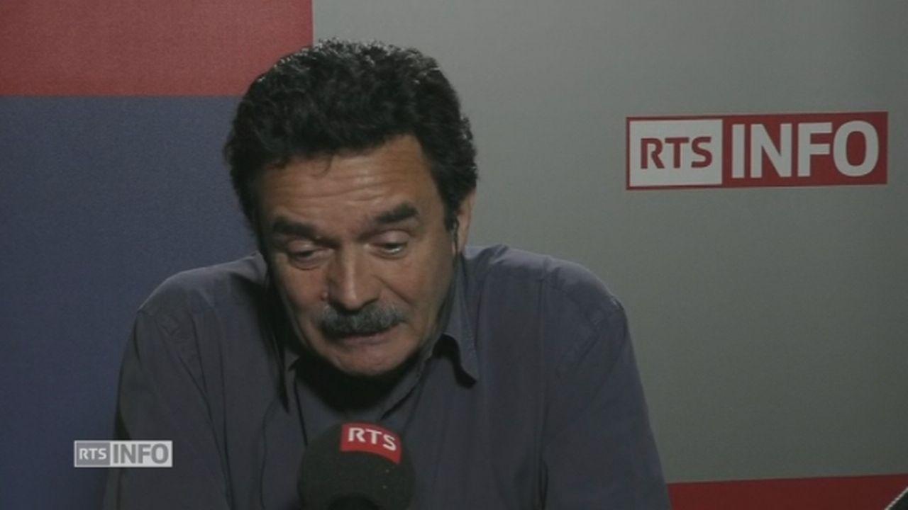 """Edwy Plenel dénonce le régime présidentiel français """"épuisé"""" [RTS]"""