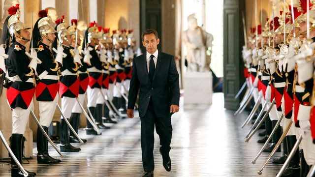 """Le président est-il le """"Roi de France""""? [Benoit Tessier]"""