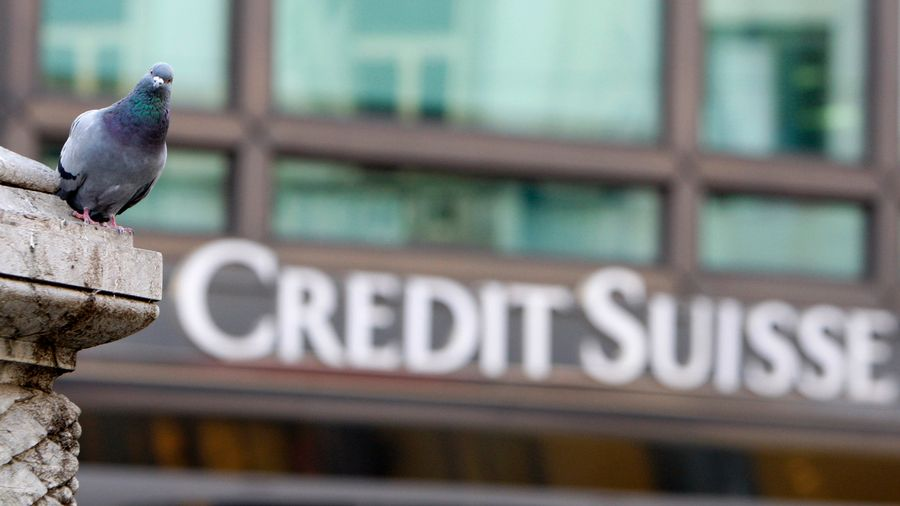 Les sociétés de conseil aux actionnaires n'acceptent pas que des primes soient versées alors que Credit Suisse a subi deux pertes consécutives de plusieurs milliards de francs.