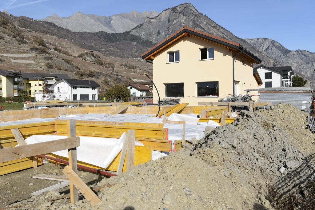 Le conseil d 39 etat valaisan se mobilise pour la lat for Aide etat construction maison