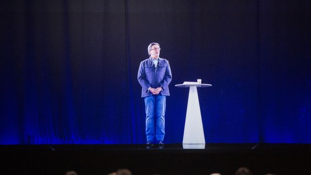 Meeting de l'hologramme de Jean-Luc Mélenchon au Zénith de Nantes, le 18 avril 2017. [Pierre Gautheron - AFP]