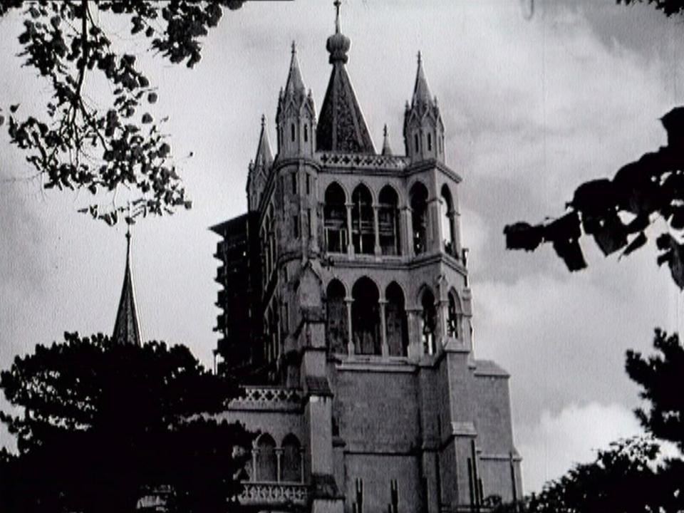 La cathédrale de Lausanne en 1956. [RTS]