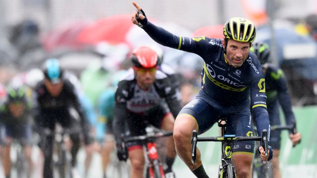 Michael Albasini s'est accroché dans la montée finale avant de s'imposer facilement au sprint. [Laurent Gilliéron - Keystone]