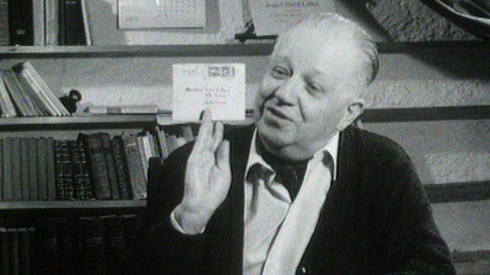 Le chansonnier Gilles en 1964. [RTS]