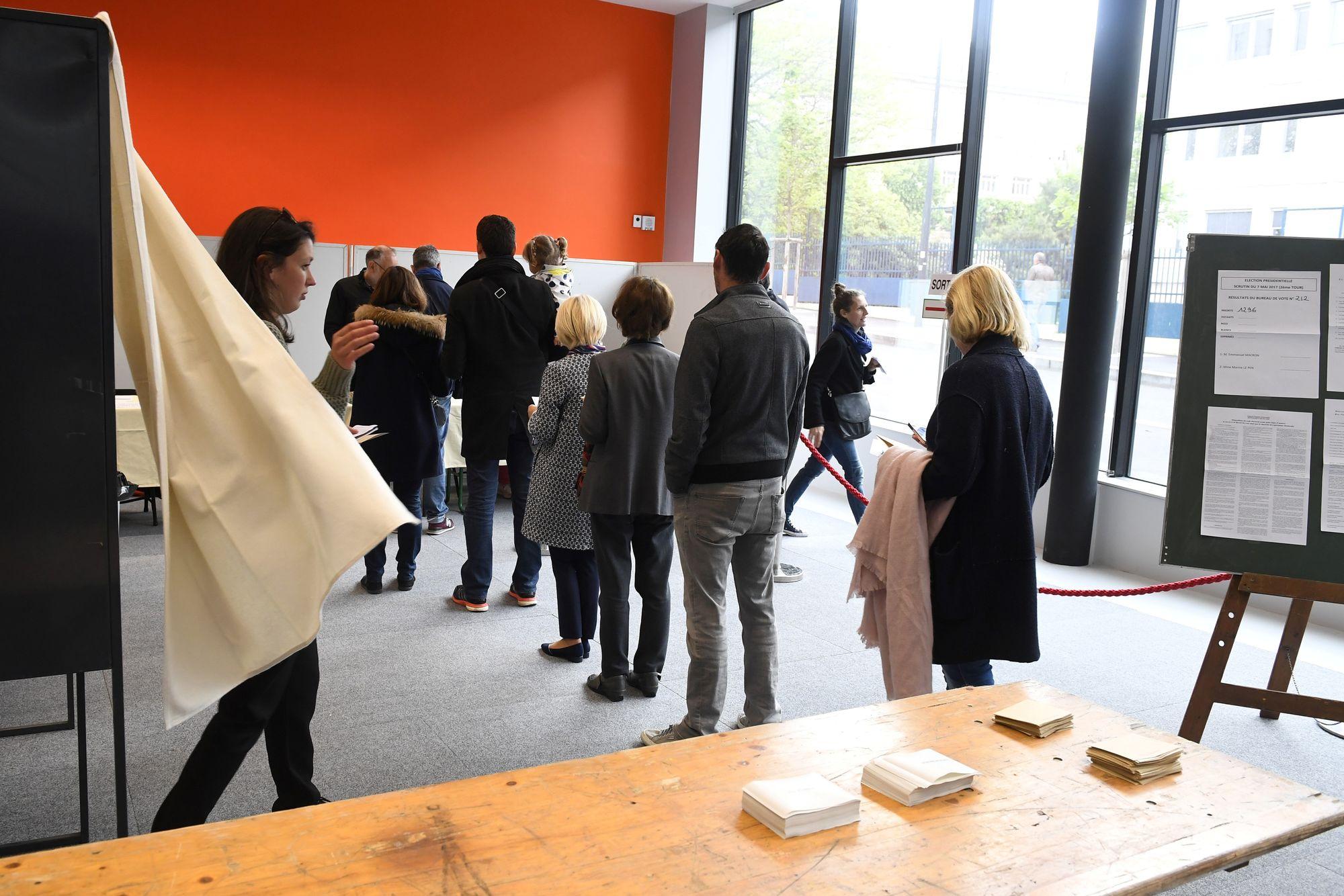 Irrégularités rapportées dans plusieurs bureaux de vote par