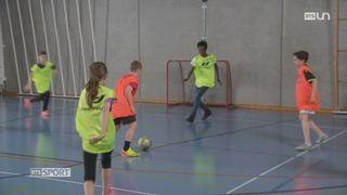 Mag: le football peut permettre de faciliter l'intégration des migrants [RTS]