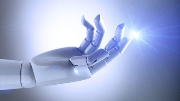 Du cerveau au bras bionique