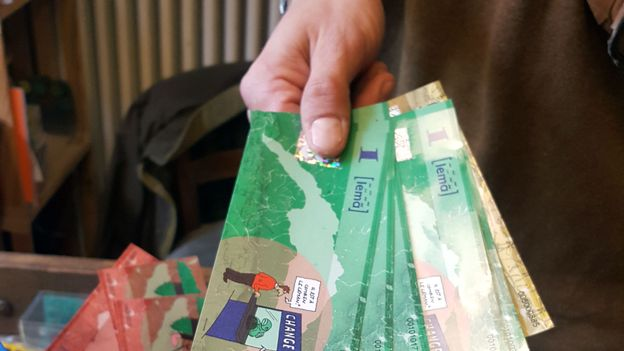 Avantages et inconvénients des monnaies locales