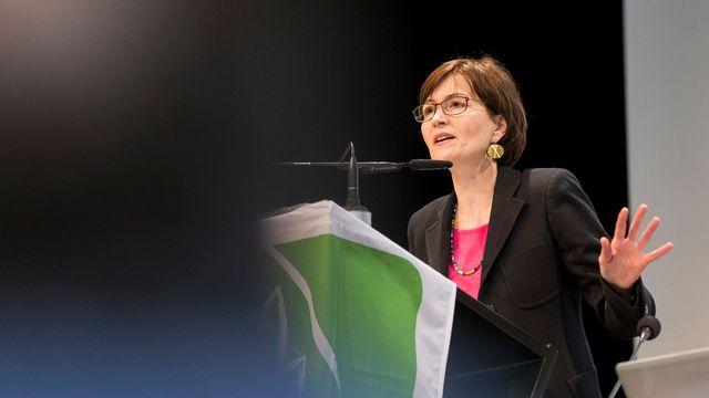 Regula Rytz, la présidente des Verts, lors de l'assemblée des délégués du parti à La Chaux-de-Fonds. [Cyril Zingaro - Keystone]