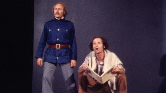 Répétition de L'histoire du soldat en 1978, dans une mise en scène de Jean-René Dubuluit et sous la direction musicale de Jean-Marie Obserson. [RTS]