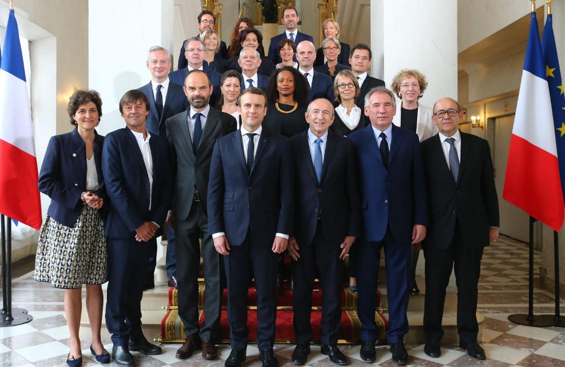 Une photo de famille et des directives pour les nouveaux - Cabinet du ministre de l interieur ...