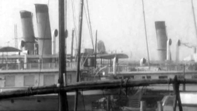A Ouchy, le port d'attache des vapeurs a des airs de mer. [RTS]