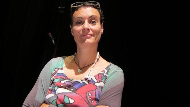 Sandrine Viglino, l'homme est-il toujours humain?