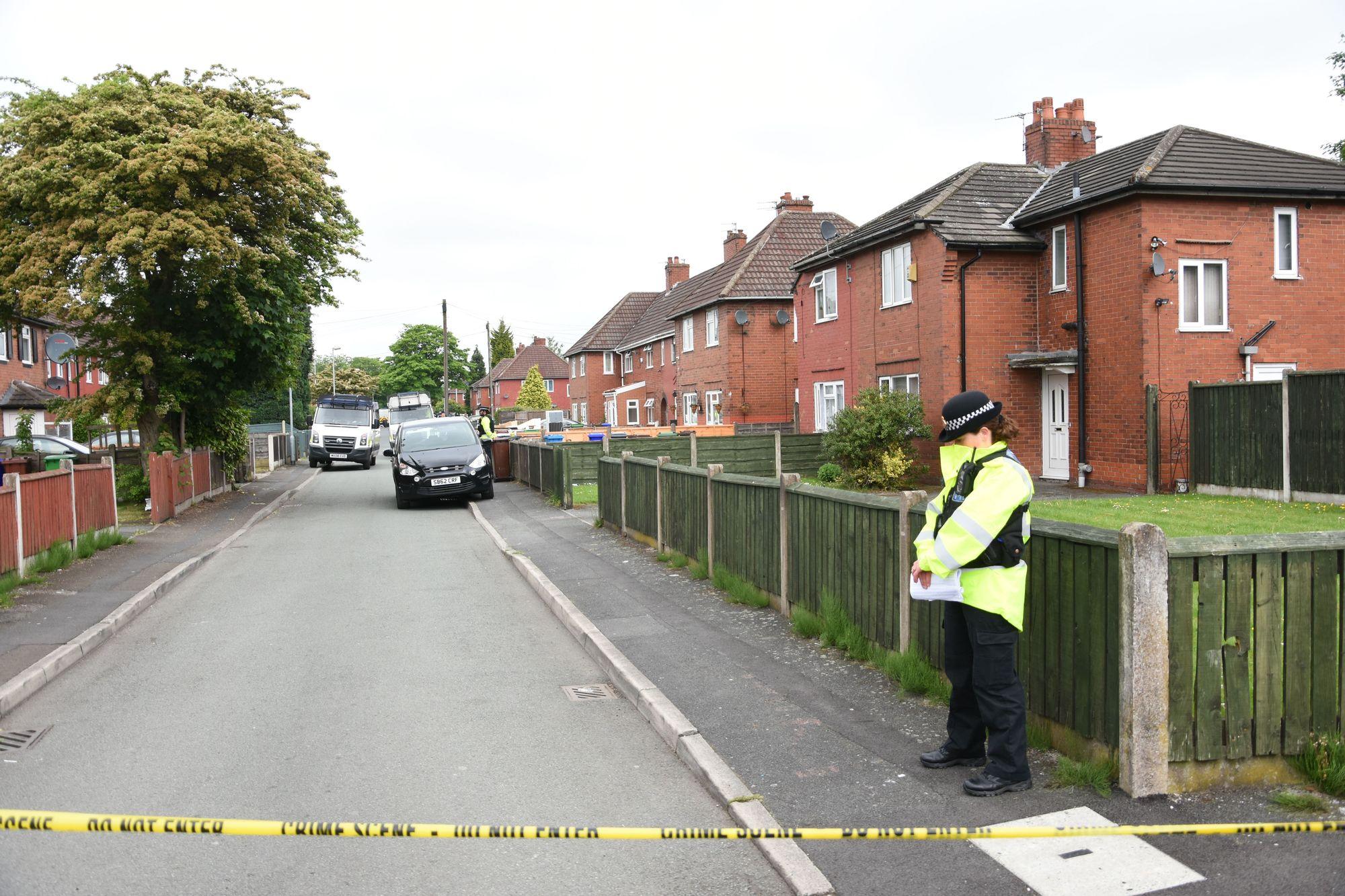 Deux nouvelles arrestations, une femme libérée — Attentat de Manchester