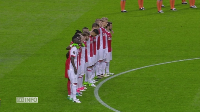 Minute de silence avant Manchester United - Ajax Amsterdam