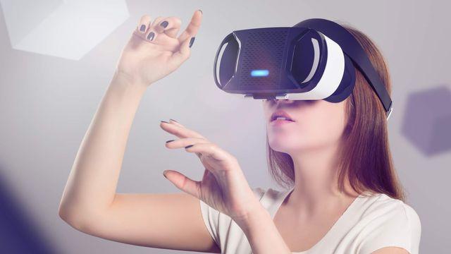 """La réalité virtuelle permet de se mettre """"dans la tête"""" d'une personne malade. alexey_boldin Fotolia [alexey_boldin - Fotolia]"""