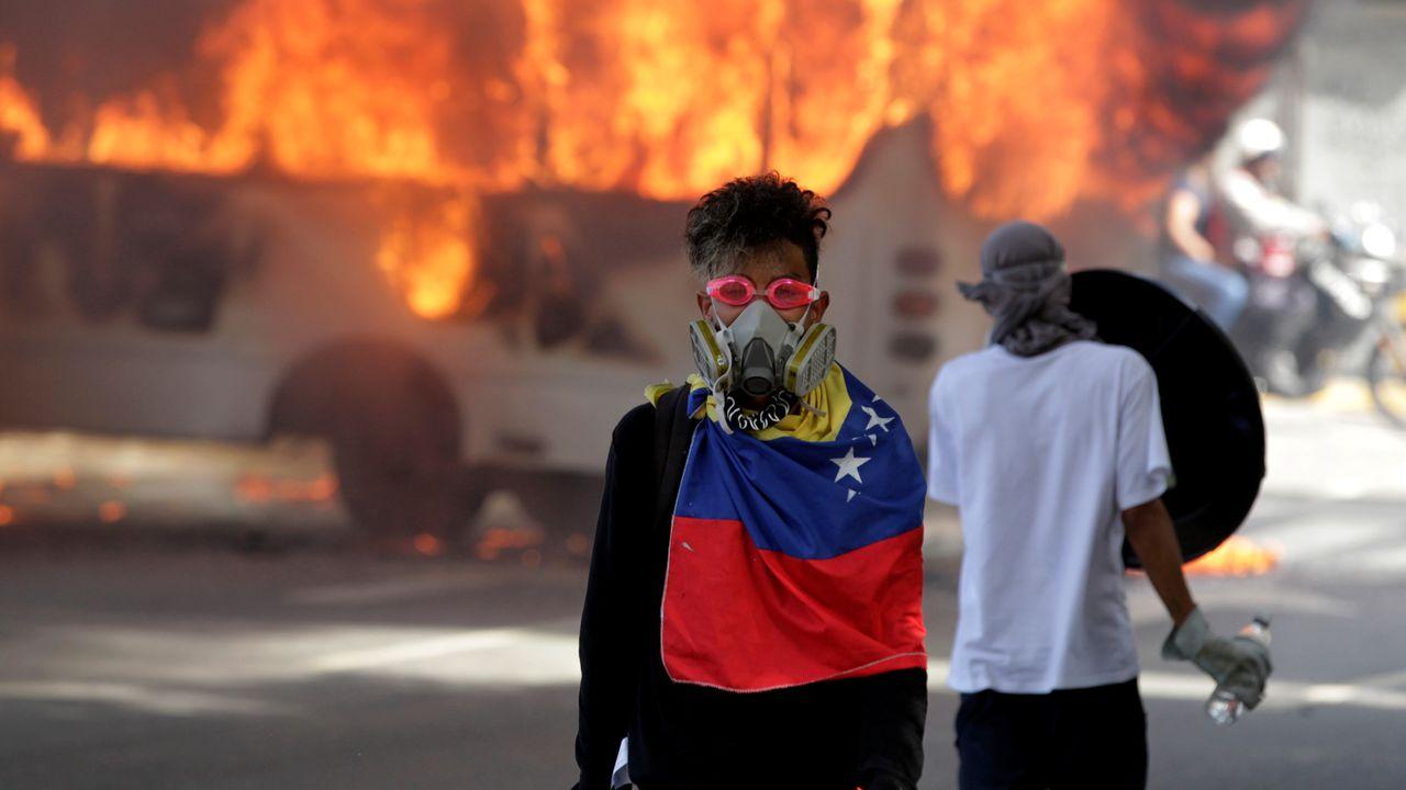 Des manifestants anti-Maduro à Caracas, le 13 mai 2017. [Christian Veron  - Reuters]