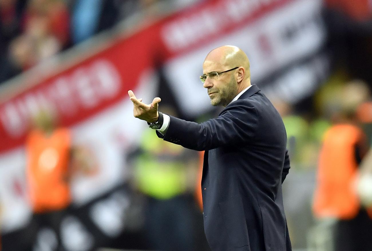 Peter Bosz signe à Dortmund — Officiel