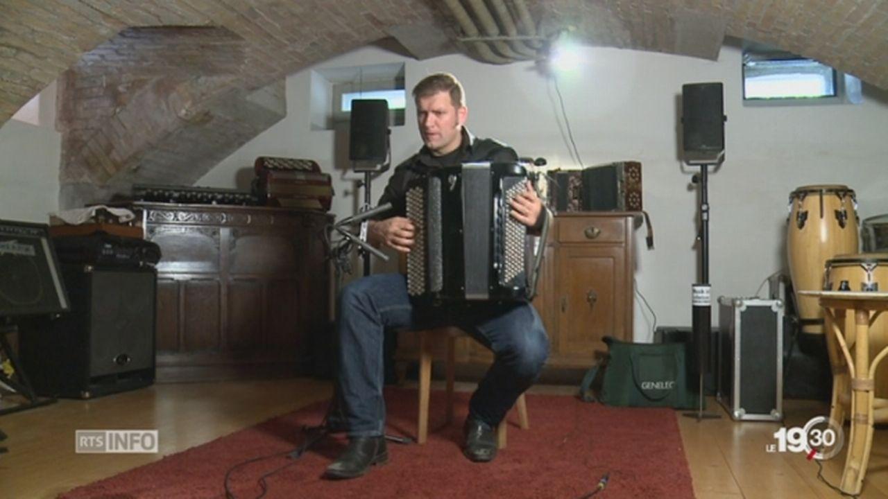 Musique: entre torrent et mélancolie, l'accordéon de Batkovic [RTS]