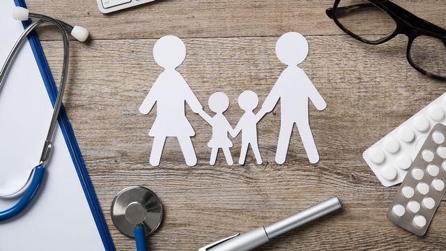 Les Suisses optent souvent pour le modèle médecin de famille [Rido - Fotolia]