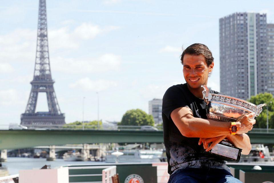 Sacré à Roland-Garros dimanche, Nadal a assuré sa place au Masters de Londres. [Etienne Laurent - Keystone]