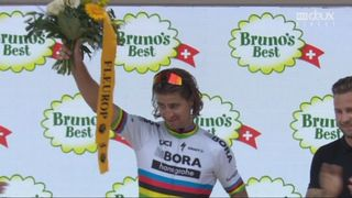 5e étape: Peter Sagan reçois sa récompense [RTS]