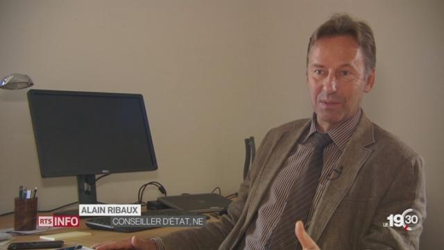 Les réactions des Neuchâtelois au départ du conseiller fédéral Didier Burkhalter [RTS]