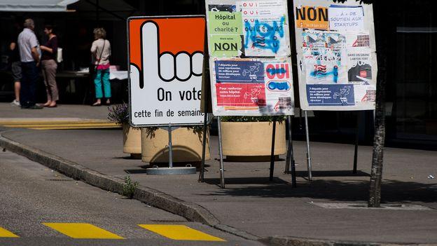 Le bureau de vote a ferm moutier qui doit choisir for Bureau qui ferme
