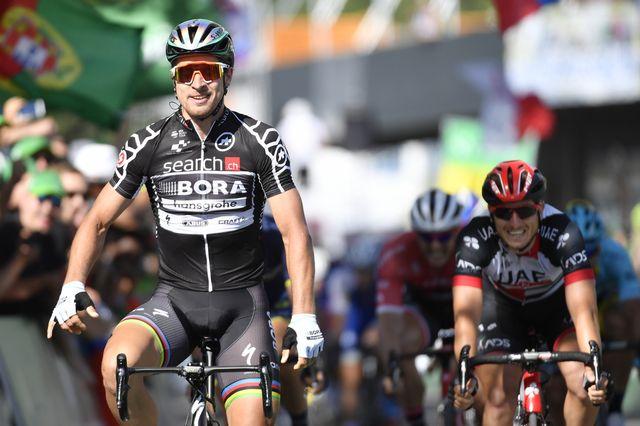 Sagan a fêté sa deuxième victoire sur le Tour de Suisse 2017. [Gian Ehrenzeller - Keystone]