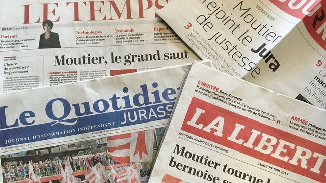 Le vote historique de dimanche à Moutier, qui a choisi le canton du Jura, a fait la Une de la presse romande lundi. [RTS]