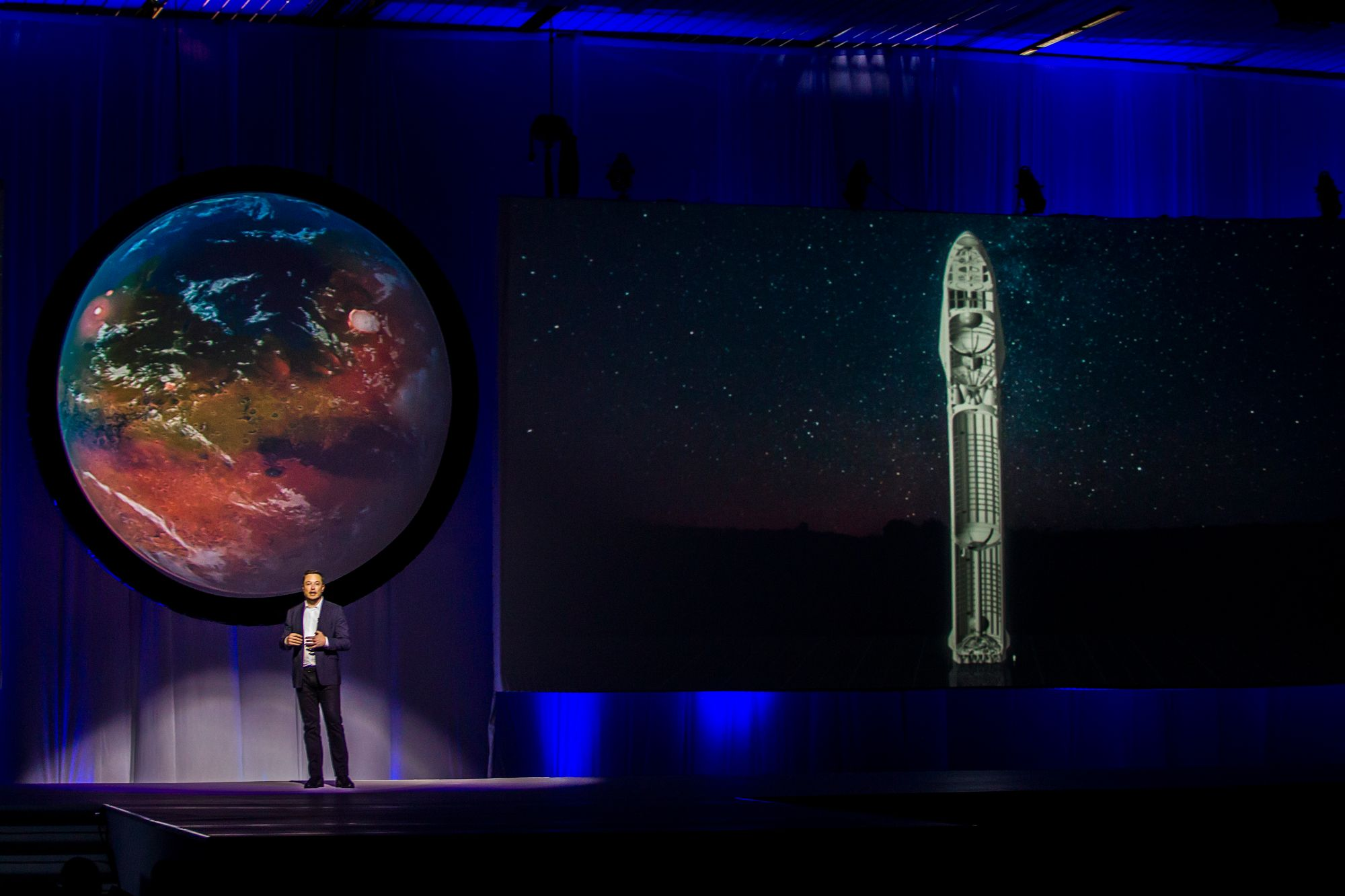 Elon Musk lors du congrès international d'astronautique de Guadalajara, au Mexique, en septembre 2016.